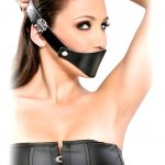 Кляп очень популярная игрушка для БДСМ. С целью унижения: стекающая слюна и нечленораздельная речь делают сабмиссива смешным и жалким. Фото, виды на http://sexbox.online