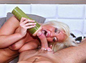 Мастурбатор-анус. Натуральная узкая и крепкая попка для анального секса. Купи, онанируй или занимайся сексом и кончай с криками каждый день. Смотри фото на sexbox.online