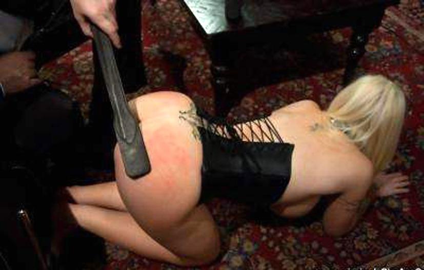 Секс с использованием плетки