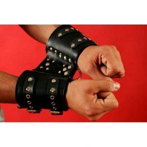 наручники фиксаторы жесткие бдсм кожаные с заклепками для ролевых бдсм игр вагинального орального и анального порно секса