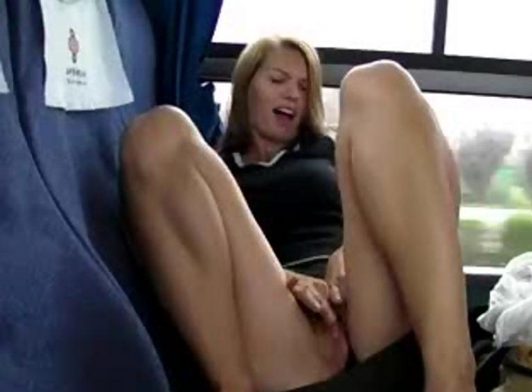 Русский публичная мастурбация в транспорте