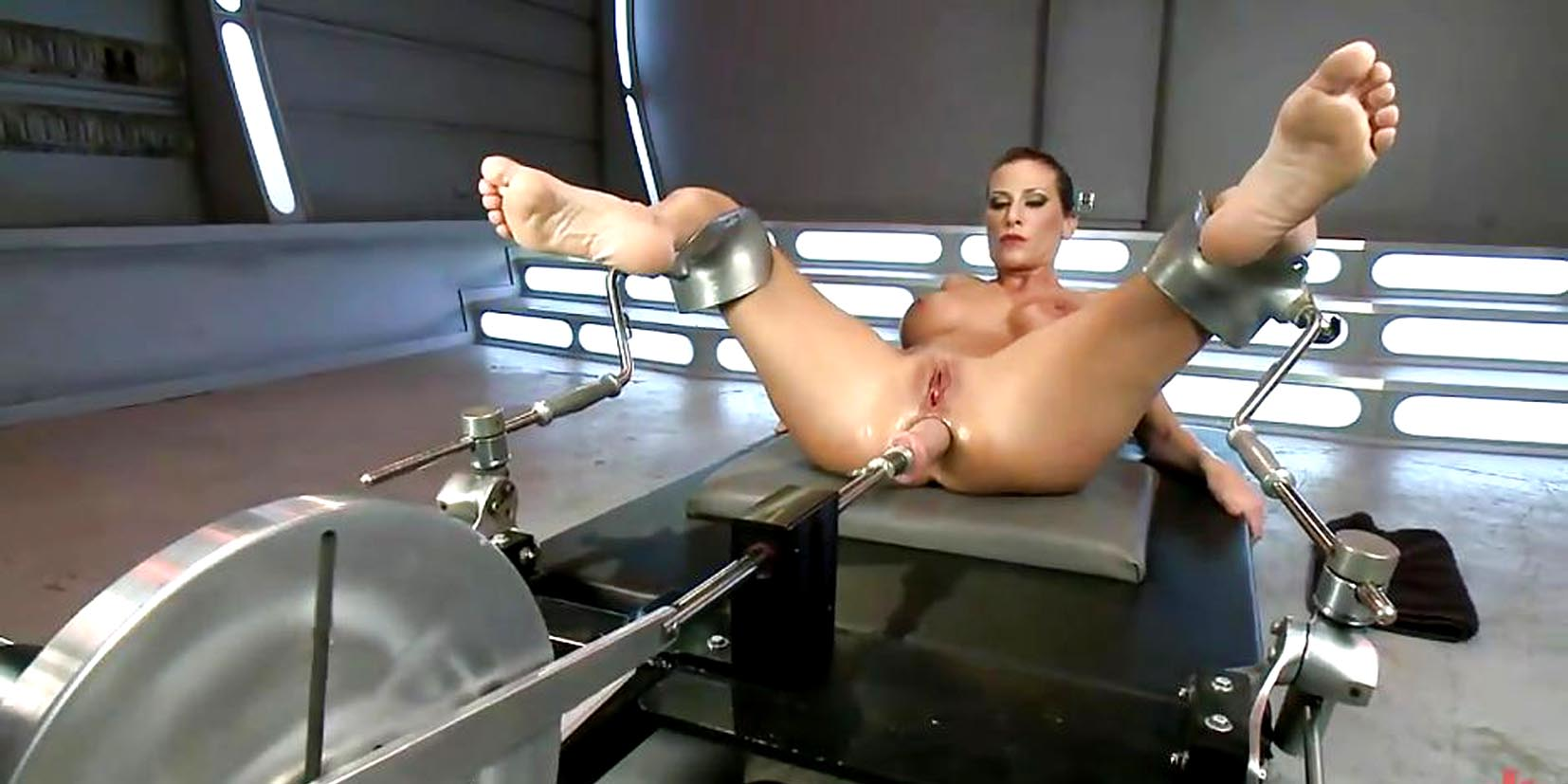 A Fucking Machine Workshop For Two Hotties