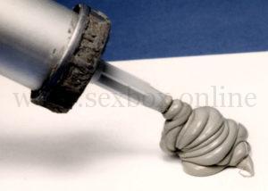 Фото: как сделать искусственный фаллос из строительного силикона