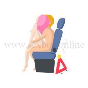 Поза для секса в машине на переднем сидении за рулем Автошкола Парень сидит за рулем девушка у него на коленях спиной к нему