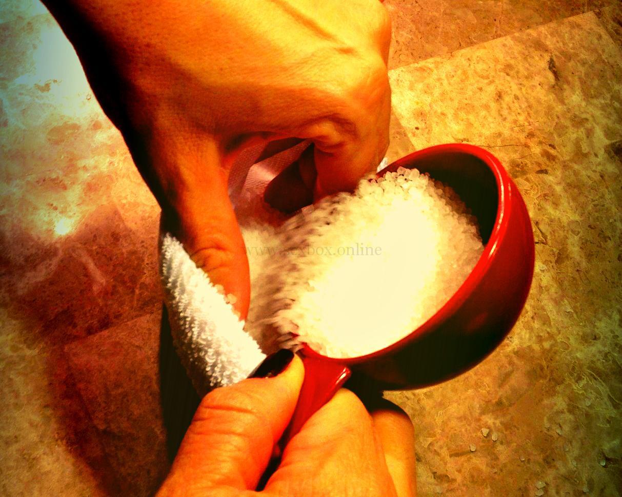 Фото: как сделать анальный фаллос своими руками из морской соли и носка