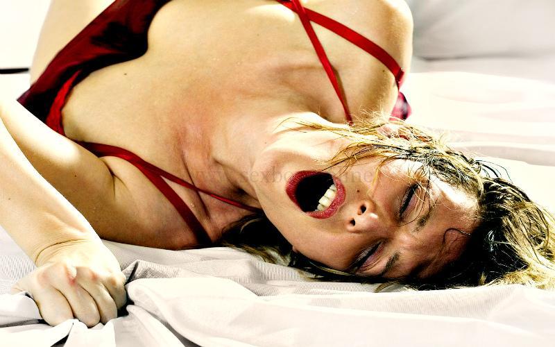 Оргазм от секса с анальной пробкой