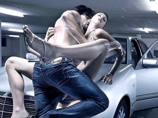 Красивый секс на капоте машины фото 446-352