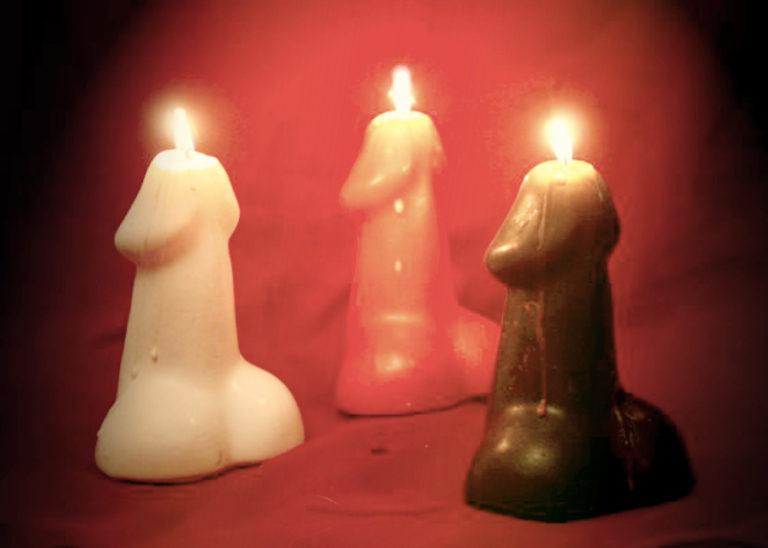 89 Горящая свеча в анусе