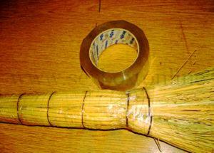 Фото: как сделать самодельный фаллос из веника своими руками