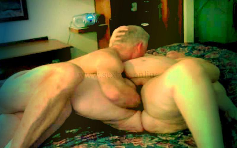Фото: фистинг очень толстой женщины лежа на спине