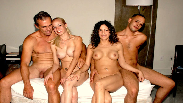Смотреть порно двух пар свингеров новечков