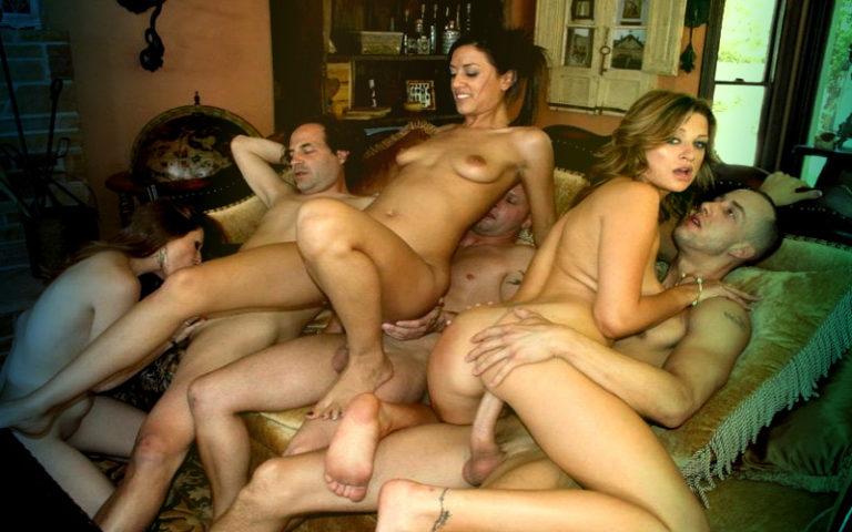Смотреть онлайн порно фото групповой секс 20392 фотография