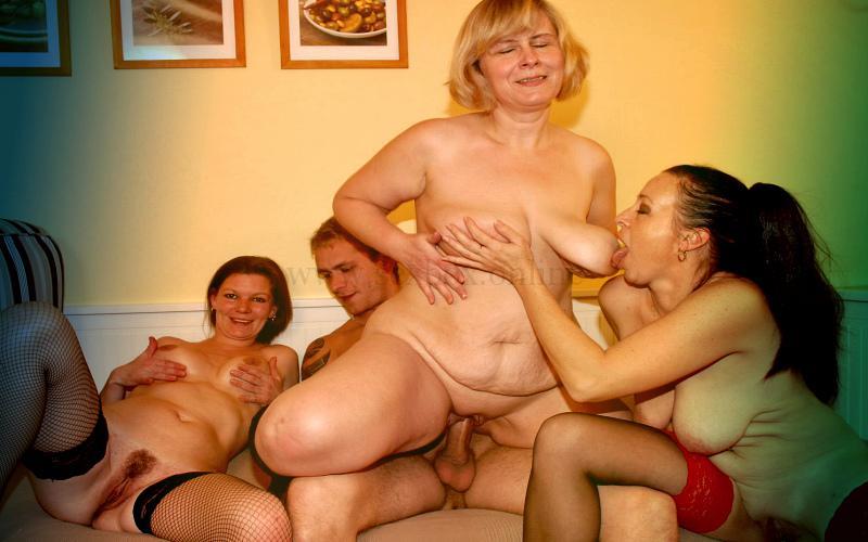 Фото: групповой секс со зрелыми
